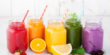 Smoothies-smoothie-mumbai-dishticle-feature-image-The-huffington-post